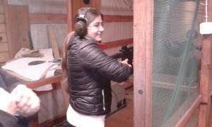 Julia gotowa do strzału